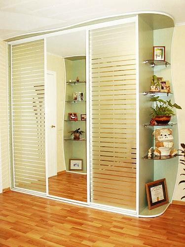 Продам Изготовим корпусную мебель(шкафы-купе, прихожие, в Ульяновске